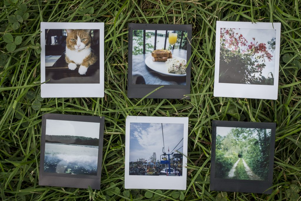 Instant photos taken by the nstax Square SQ6