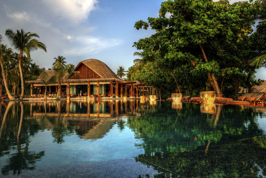 Joali, Maldives, swimming pool, Neil Dankoff