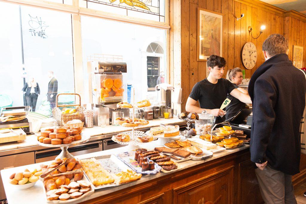 Clapham, Madeleine, café, London