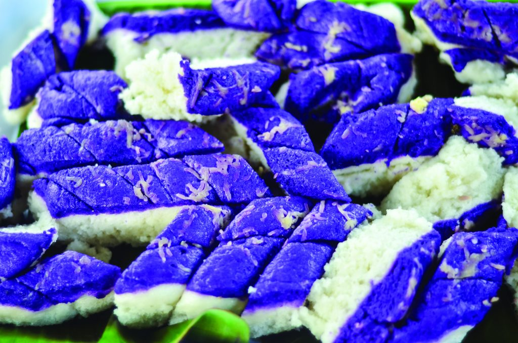 Blue and green rice cakes
