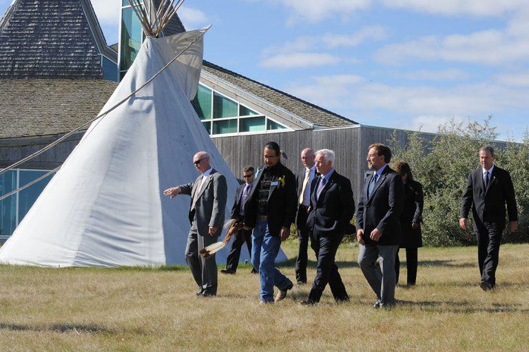 A group walk through Saskatoon's Wanuskewin Heritage Park